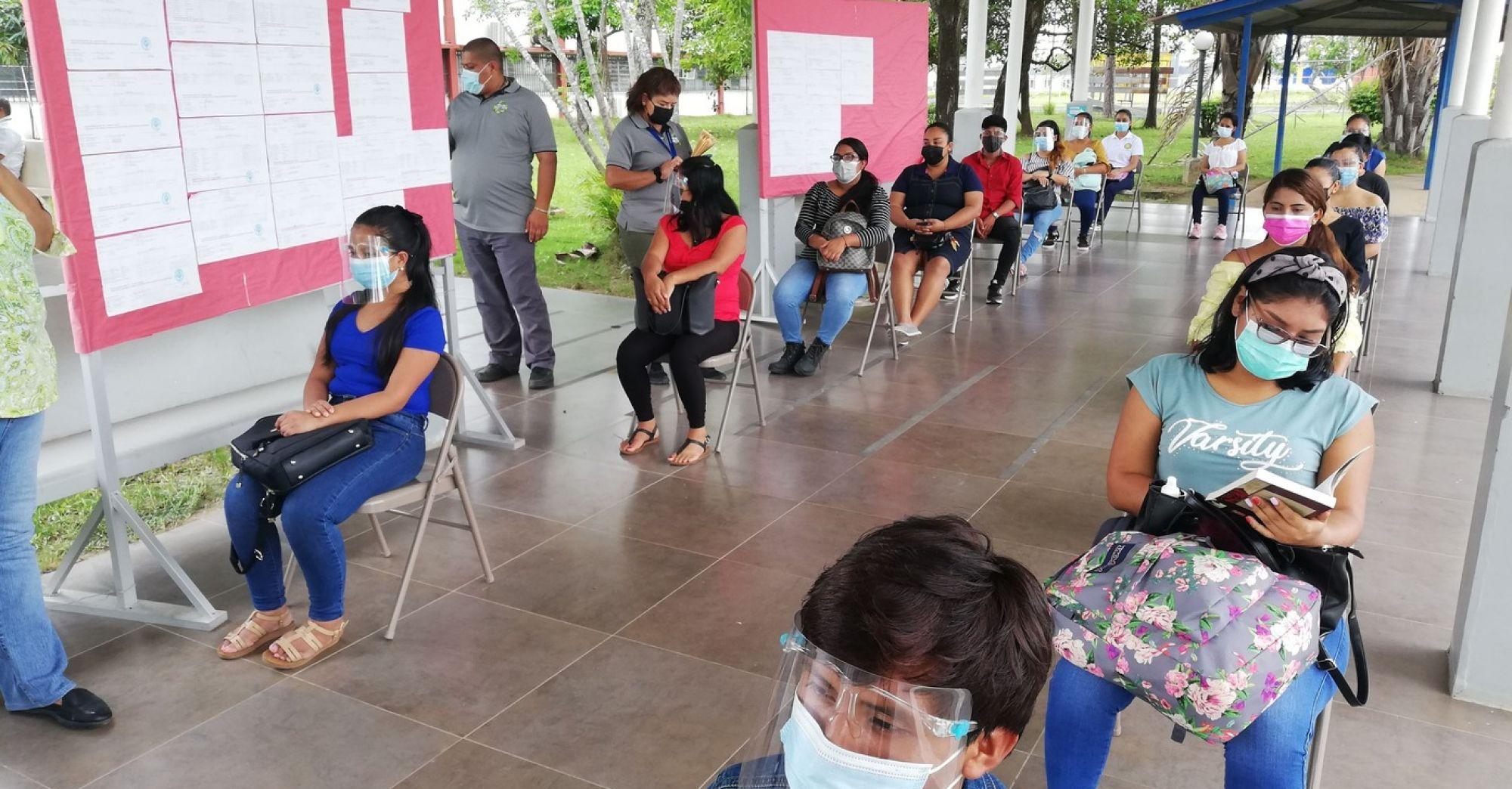 ESTUDIANTES DE COMUNIDADES APARTADAS CUENTAN CON EQUIPOS PARA CONTINUAR SUS ESTUDIOS VIRTUALES-1